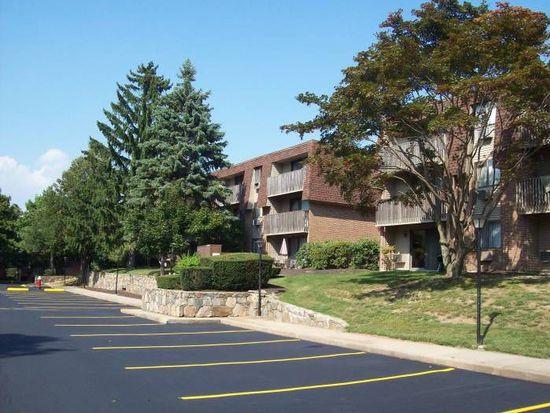 369 Simmonsville Ave APT 4305, Johnston, RI 02919