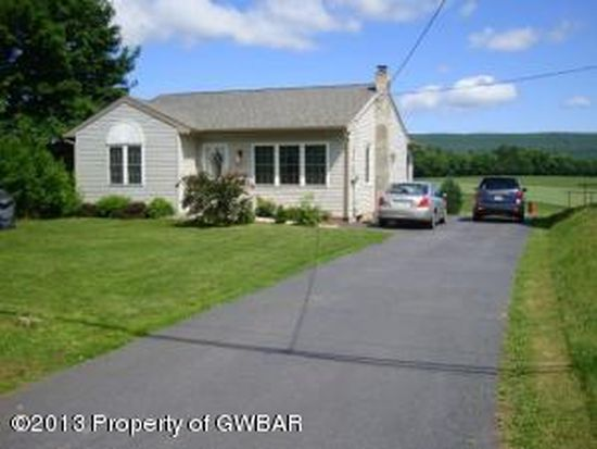 210 E County Rd, Sugarloaf, PA 18249