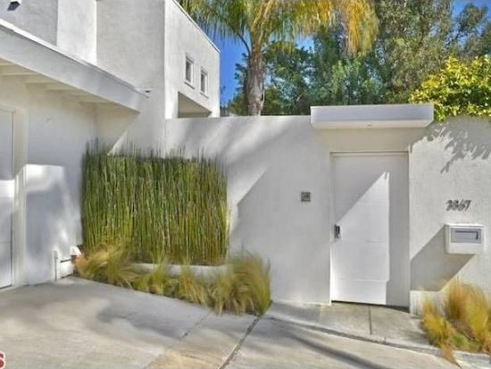 3867 Cody Rd, Sherman Oaks, CA 91403