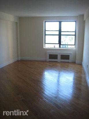 302 Cumberland St, Brooklyn, NY 11238
