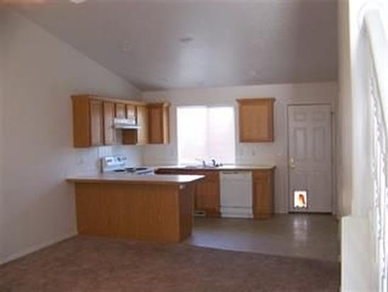 1295 Del Rio St, Mountain Home, ID 83647