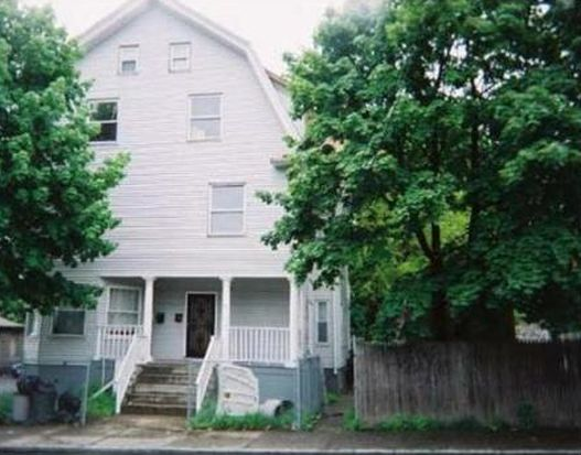 11 Bay View Ave, Lynn, MA 01902