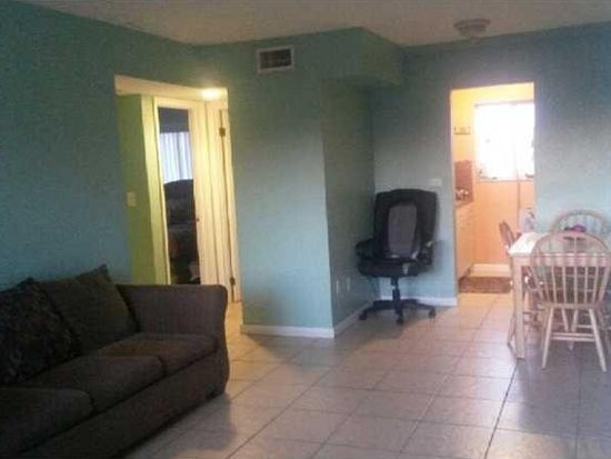 2330 NW 11th St APT 48, Miami, FL 33125