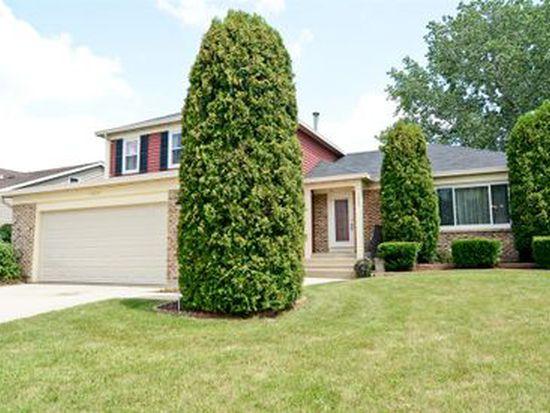 1005 Gannon Dr, Hoffman Estates, IL 60169