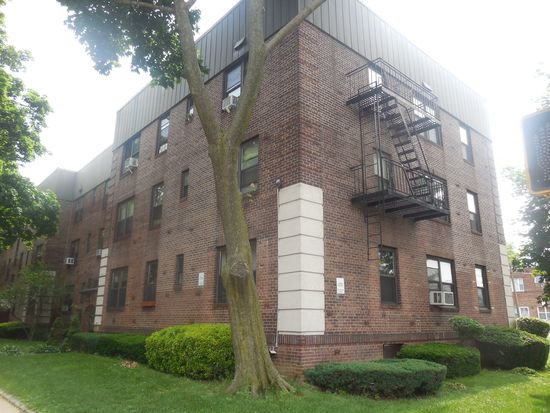 2208 76th St APT A3, East Elmhurst, NY 11370