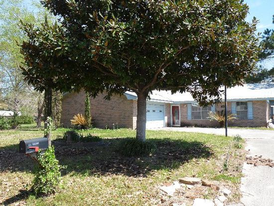 983 Shirley Dr, Picayune, MS 39466