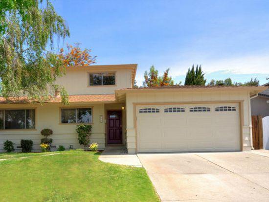 585 Greathouse Dr, Milpitas, CA 95035