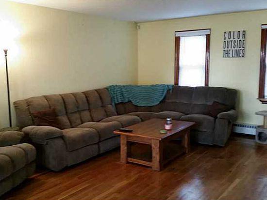 110 Metropolitan Rd, Providence, RI 02908