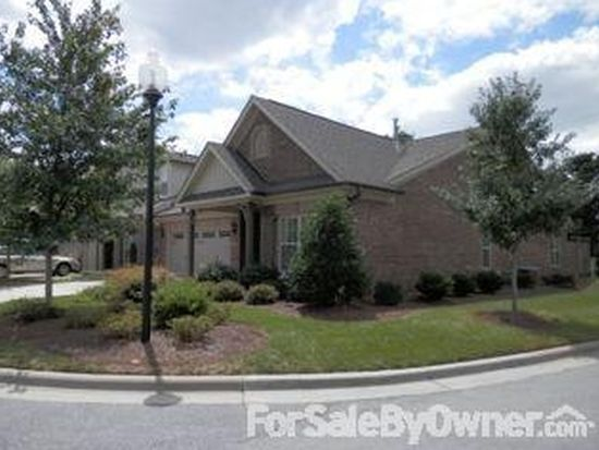 23 Liberty Square Cir, Greensboro, NC 27455