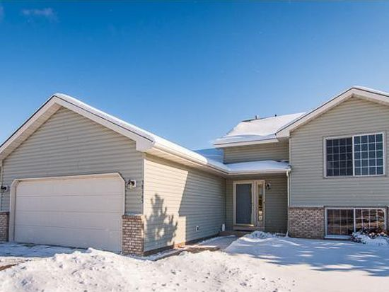 38165 Whistle Tree Ct, North Branch, MN 55056