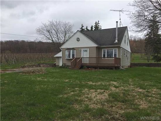 1826 Ridge Rd, Lewiston, NY 14092