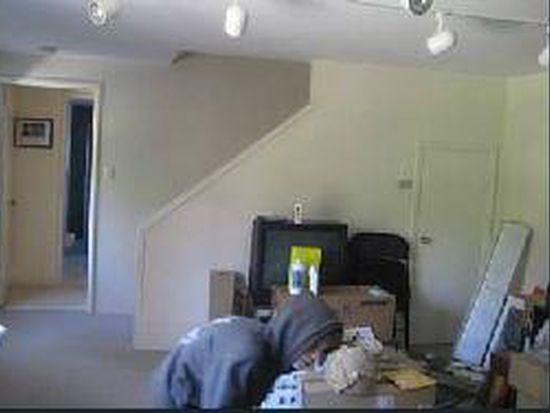 6001 Romany Rd, Oakland, CA 94618