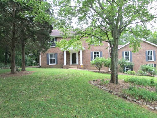 102 Maple Forest Ct, Hendersonville, TN 37075