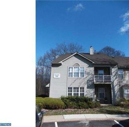 702B Harwood Ct, Mount Laurel, NJ 08054