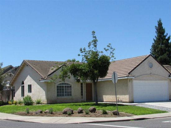 2254 Heritage Manor Dr, Riverbank, CA 95367