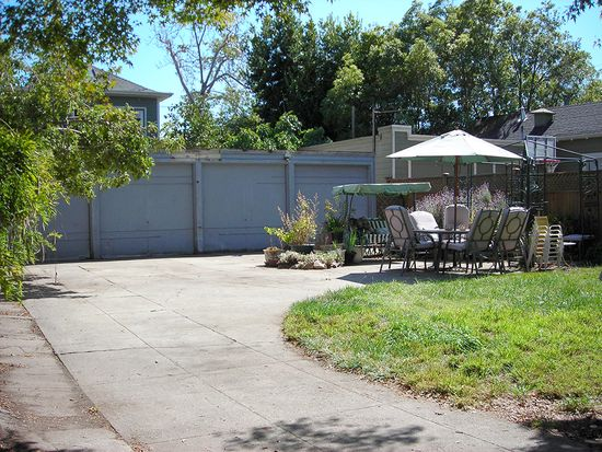 1934 Parker St, Berkeley, CA 94704