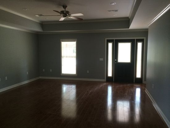 211 Winchester Dr, Amory, MS 38821