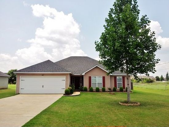 47 Honeysuckle Way, Fort Mitchell, AL 36856