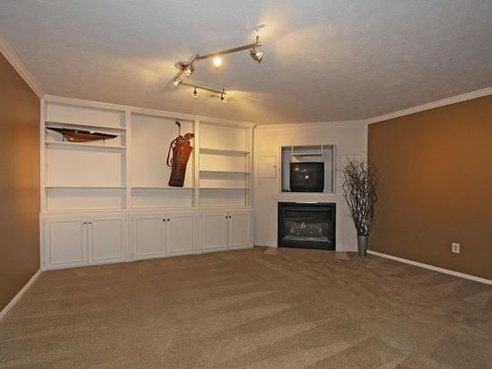 7980 Sunset Cove Dr, Indianapolis, IN 46236