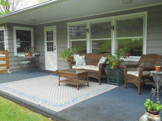 120 Dogwood Rd, Tazewell, VA 24651
