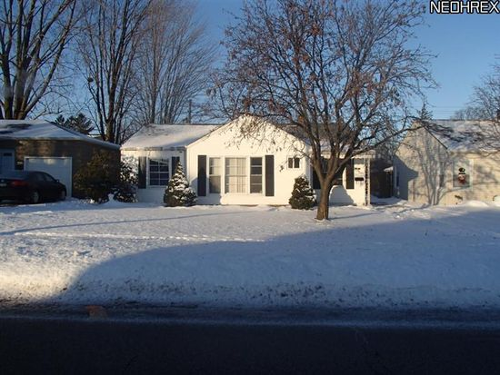 1406 Orchard Heights Dr, Cleveland, OH 44124