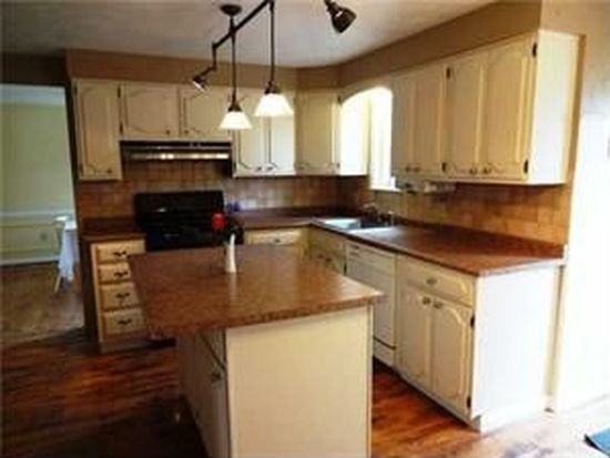 269 Ranch Trl, Williamsville, NY 14221