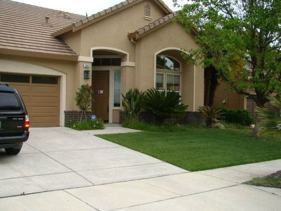 1643 Valley Oaks Dr, Gilroy, CA 95020