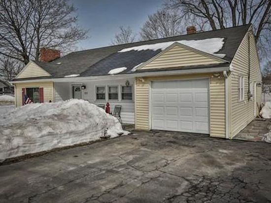 222 Pleasant St, North Andover, MA 01845