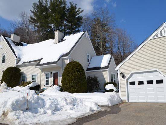 14 Apple Tree Dr # A, Goffstown, NH 03045