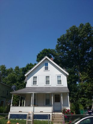 19 Chipman St, Dorchester Center, MA 02124