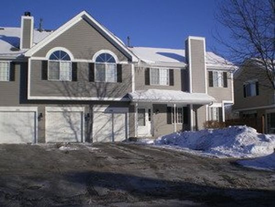 1590 Hickory Rd, Woodstock, IL 60098