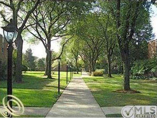1981 Hyde Park Rd, Detroit, MI 48207