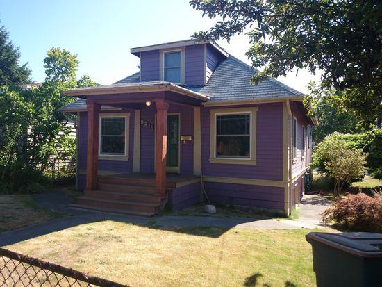 9218 36th Ave SW, Seattle, WA 98126