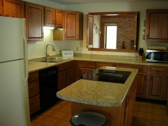 141 Stonehurst Manor Rd #15A, Conway, NH 03818