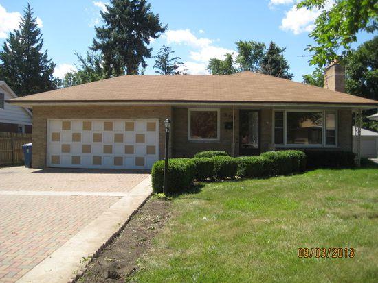 358 E Saint Charles Rd, Elmhurst, IL 60126