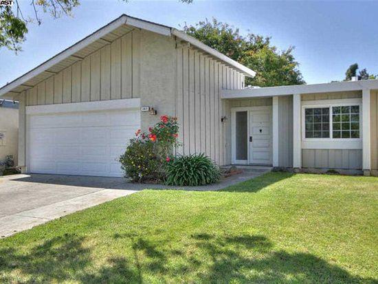3817 Dryden Rd, Fremont, CA 94555
