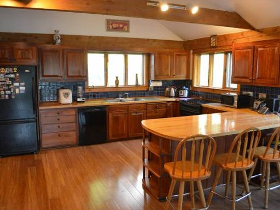 62 E Wilder Rd, West Lebanon, NH 03784