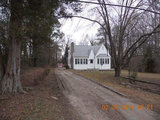 1114 Old Williamsburg Rd, Sandston, VA 23150