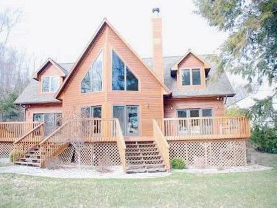 9254 Elk Lake Trl, Williamsburg, MI 49690