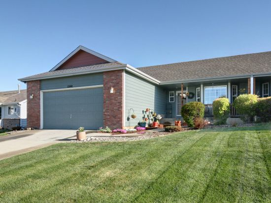 1208 Country Acres Ct, Johnstown, CO 80534