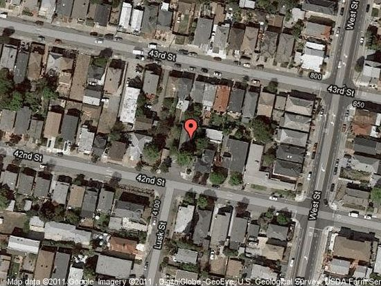 4208 Lusk St, Oakland, CA 94608