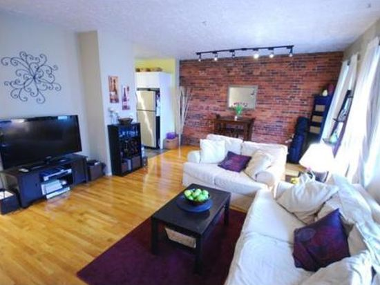 328 Commercial St APT 42, Boston, MA 02109