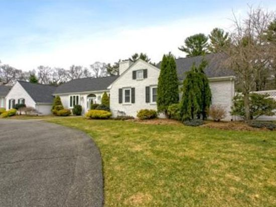 24 Chatham Way, Lynnfield, MA 01940