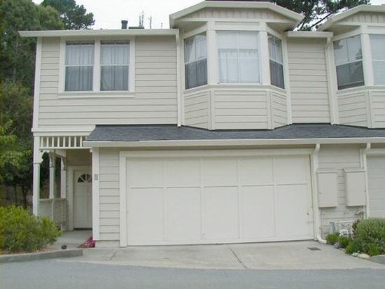9 Glen Lake Dr, Pacific Grove, CA 93950