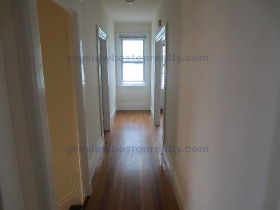 8 Falkland St, Boston, MA 02135