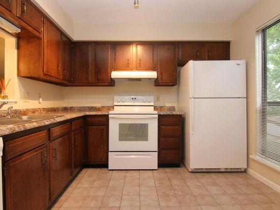 7005 Oak Ct, Roanoke, VA 24018