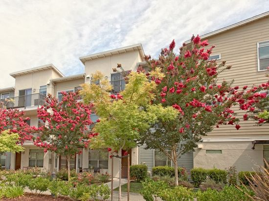 1057 Saginaw Ter UNIT 301, Sunnyvale, CA 94089