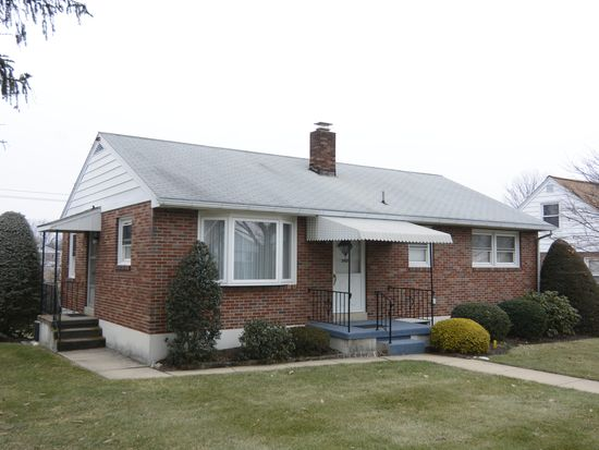 2429 Reading Blvd, West Lawn, PA 19609
