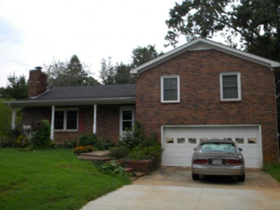3964 Petes Dr, Gainesville, GA 30506