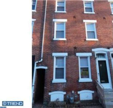 718 Chain St, Norristown, PA 19401
